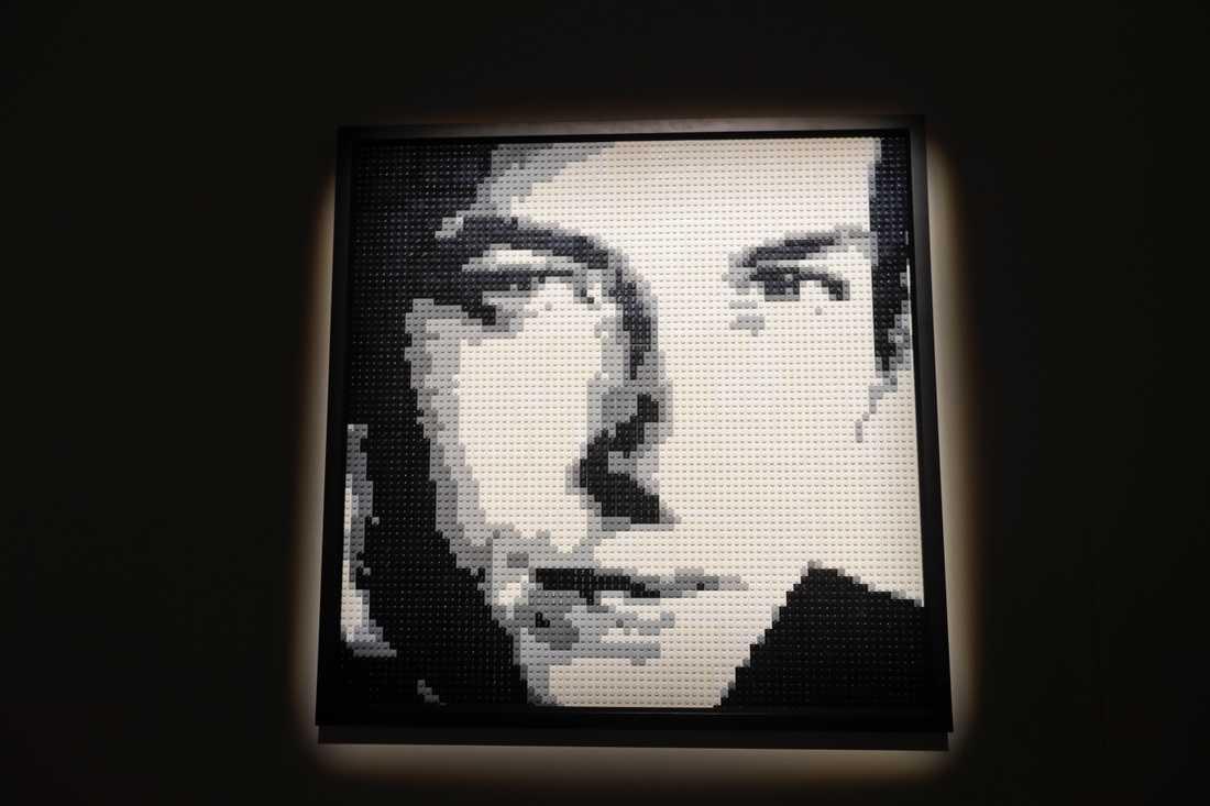 Bob Dylan – byggd av Lego.