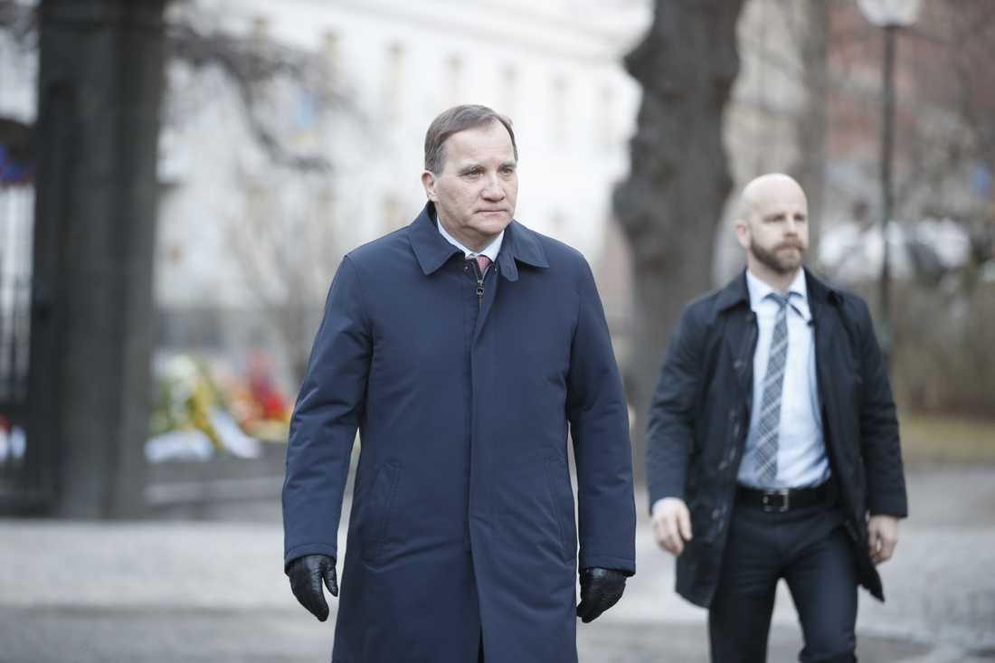 Statsminister Stefan Löfven (S) ska efter Arbetsförmedlingens neddragningsbesked kalla till sig ett antal myndigheter för att höra om statlig närvaro hela landet. Arkivbild.