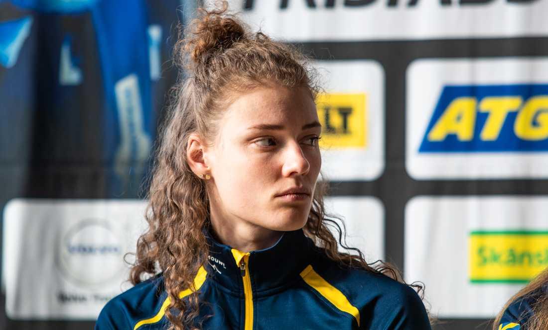 Hanna Öberg tar bort Facebook-appen från telefonen inför skidskytte-VM