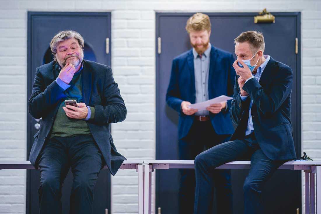 Steinar Madsen, till vänster, på det norska Läkemedelsverket har ändrat strategin.