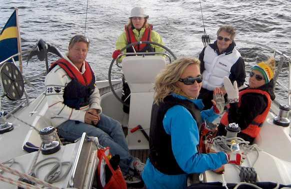 Besättningen på båten den aktuella dagen. Från vänster: Pelle Hedblom, Malin Korander, Camilla Forsström, Niclas Forsström, Åsa Hedblom.