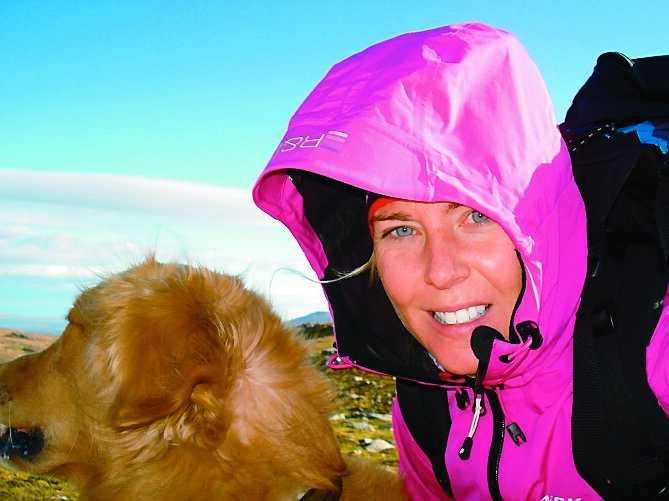 Anna Rydell, 38, älskar Åre. Det gör golden retrievern Texas också.