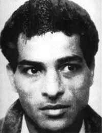 Mohamed Abo Talb, 56 Född och uppvuxen i Egypten. Kom till Sverige 1983. Bodde i Uppsala med fru och fyra barn. Placerade ut två bomber som detonerade utanför flygbolaget North West Orients kontor och den judiska synagogan i Köpenhamn sommaren 1985. Bomberna dödade en person och skadade 26. Placerade även en bomb utanför flygbolagets El Als kontor i Amsterdam. Attentaten utfördes på uppdrag av den palestinska kampgruppen PPSF, där Abo Talb varit medlem. Dömdes 1989 till livstids fängelse och utvisning för mord, mordförsök, allmänfarlig ödeläggelse med mera. 2007 fick han sitt straff tidsbestämt till 30 år.