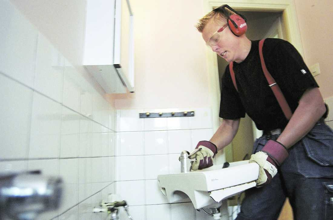 Den händige kan tjäna pengar Det kan löna sig att renovera sin bostad inför en försäljning - om man gör det på rätt sätt.