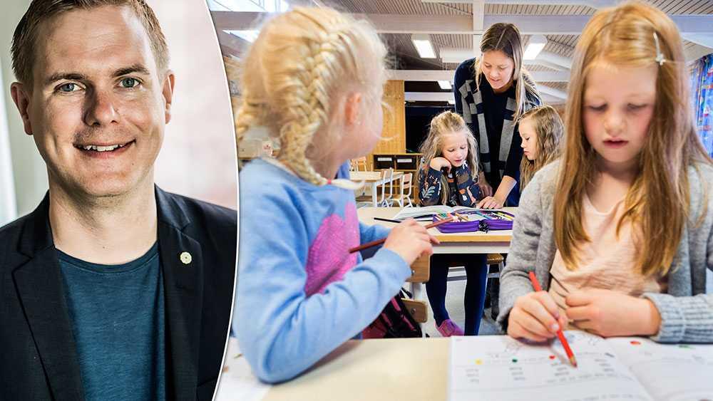 Barn är helt enkelt väldigt dåliga krockkuddar vid en ekonomisk kris. Det man tror sig spara blir mycket dyrare i andra änden, skriver  Gustav Fridolin, avgående språkrör (MP).