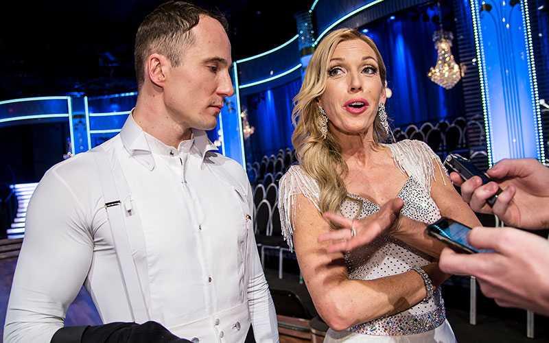 Programledaren Linda Lindorff med sin danspartner Kristjan Lootus.