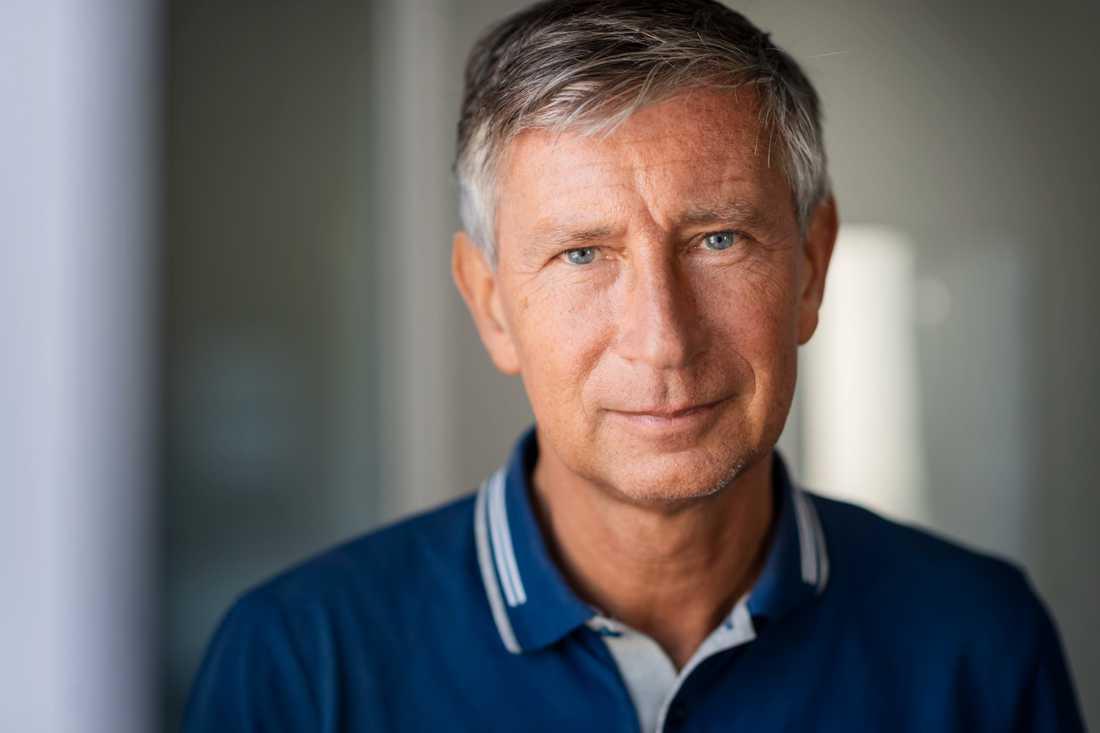 Alla svårigheter till trots tror Sveriges vaccinationsamordnare Richard Bergström på ett vaccin i början av nästa år.