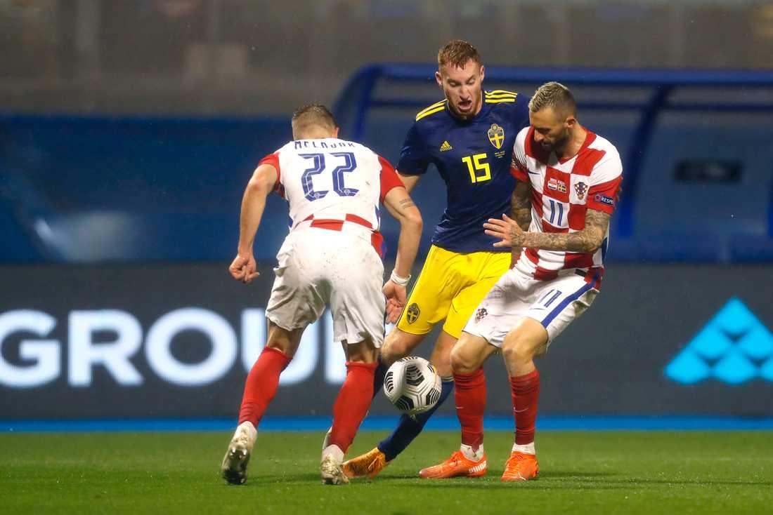 Marcelo Brozovic (t.h.) har testats positivt inför Sverigemötet.