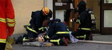 Två personer omkom och flera skadades allvarligt vid branden på S:t Sigfrids sjukhus i Växjö.