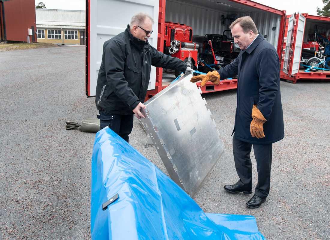 På MSB har man även lager för vallar som kan användas vid höga vattenflöden.