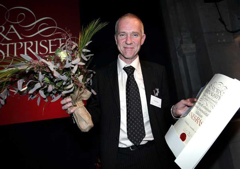 """2005 fick Hannes Råstam Lukas Bonniers Stora Journalistpris för """"långvarig och framstående journalistisk gärning""""."""