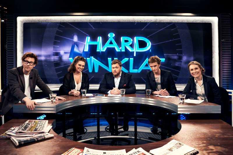 """Hårdvinklat med Anders """"Ankan"""" Johansson, Felicia Tomala, Kristoffer Appelquist, Ola Söderholm, Annika Lantz. Foto: TV3/Carl Thorborg"""