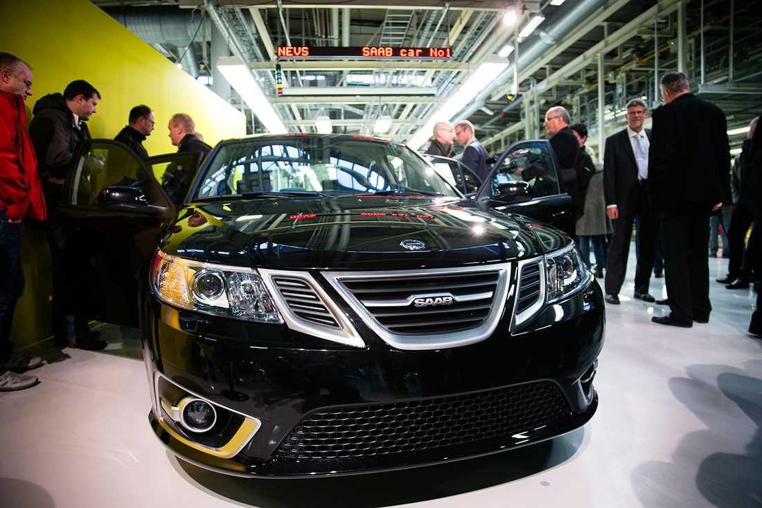 Hoppet lever Den nya Saab 9-3 Aero visades upp i fabriken i Trollhättan igår.