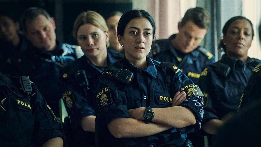 """""""Tunna blå linjen"""" är en av de serier som sänds i flera nordiska länder. Pressbild."""