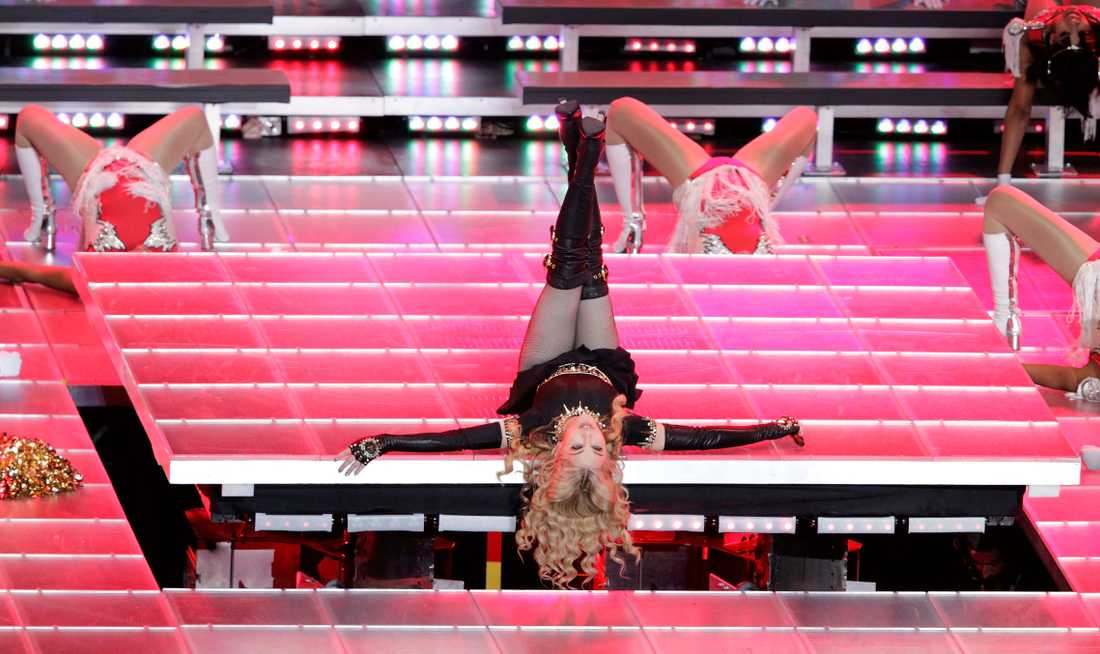 Madonna uppträdde i halvtidsshowen på Lucas Oil Stadium.