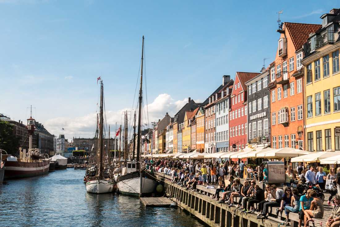 Förbättra luftkvalitén i danska storstäder genom miljözoner, föreslår fyra borgmästare. Arkivbild från Nyhavn i Köpenhamn.