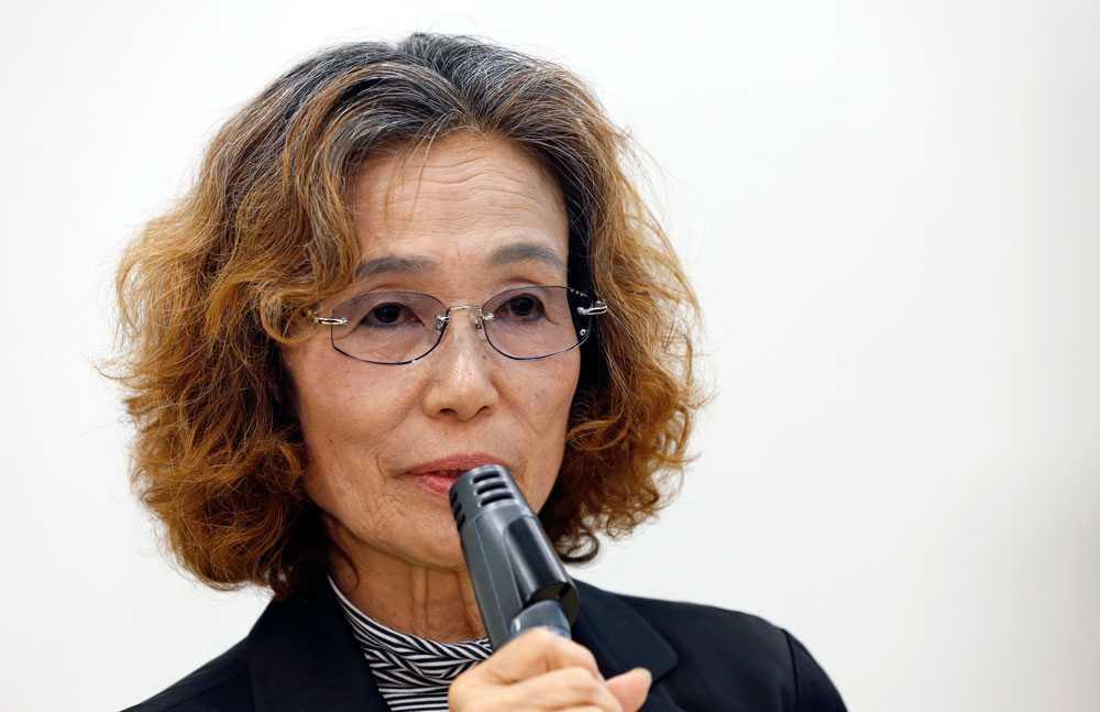 Junko Ishido vädjar nu om att IS ska låta hennes son leva. Inom 24 timmar ska han dödas.