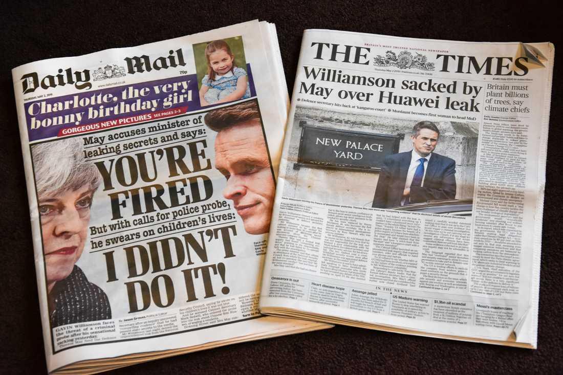 Brittiska tidningar fylls av svarta rubriker kring premiärminister Theresa Mays dramatiska sparkande av försvarsminister Gavin Wiliamson i onsdags.