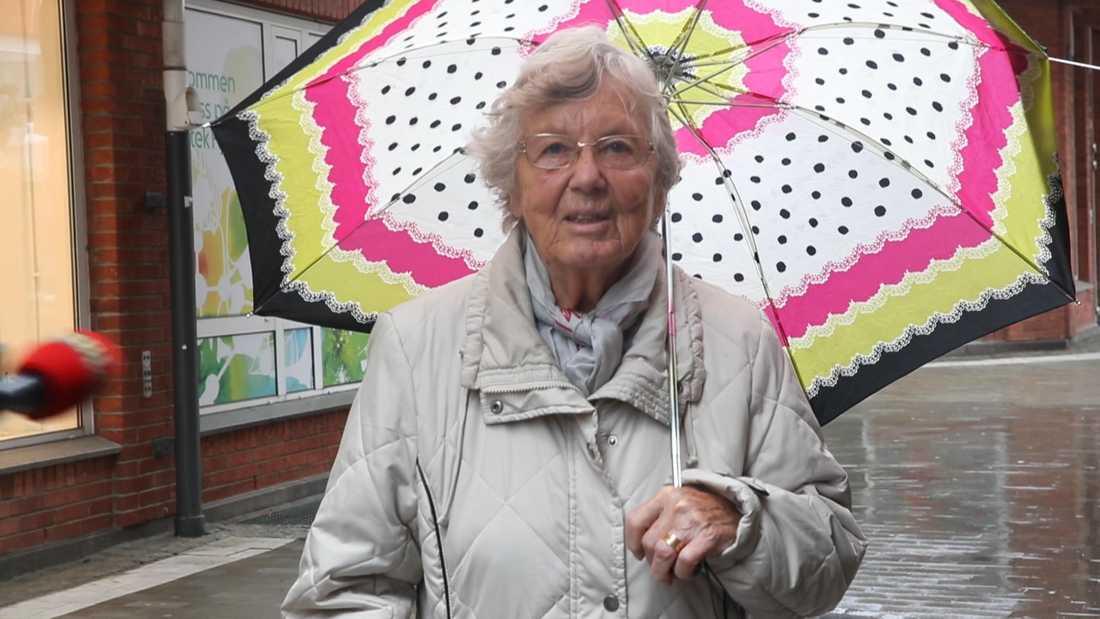 Maj-Britt Johansson, 90, har följt restriktionerna.