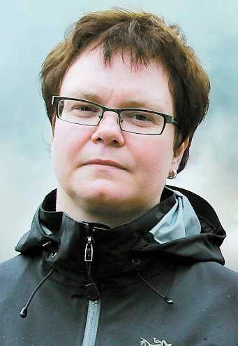 """räddad Annelie Karlsson klarade sig oskadd. """"Hur stor tur kan man ha?"""" säger hon."""
