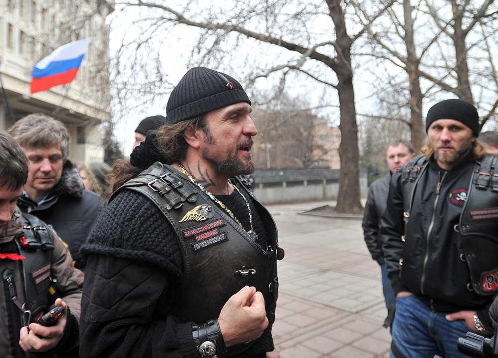 Ledaren, 'Kirurgen', när mc-gänget var på väg till Ukraina i februari 2014.
