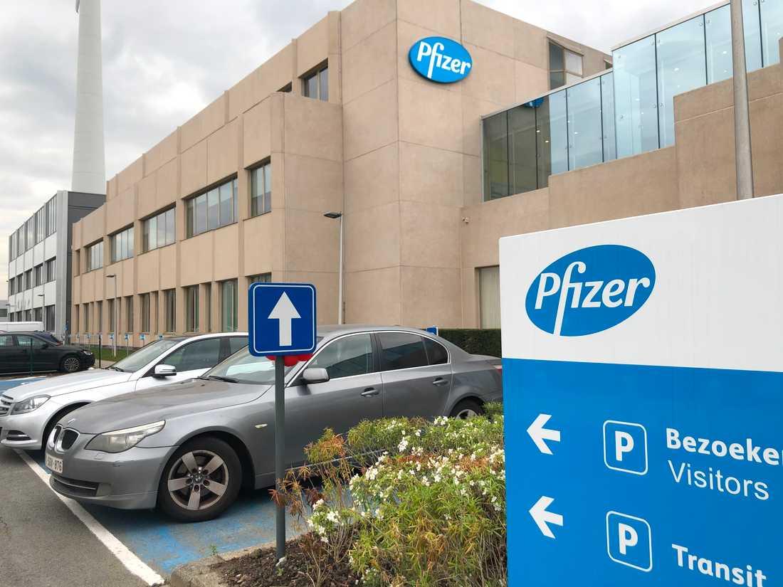 Amerikanska läkemedelsjätten Pfizer har valt ut sin fabrik i Puurs i Belgien som en av de två globala produktionsplatserna för bolagets covid-19-vaccin.