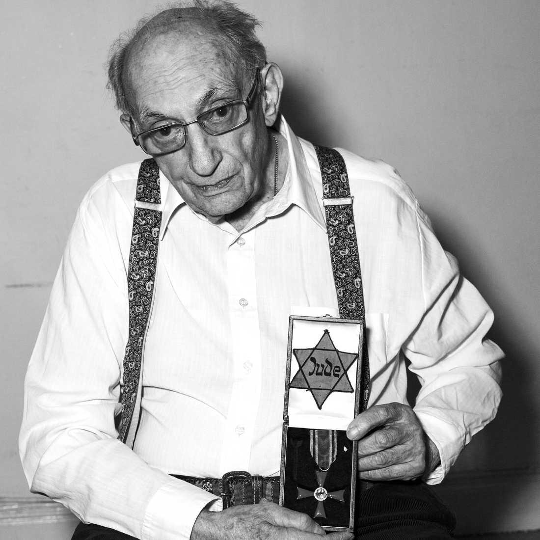 Walter Frankenstein, överlevande av Förintelsen. Har dokumenterats för utställningen på Kulturhuset i samarbete med Moderna museet senare i år.