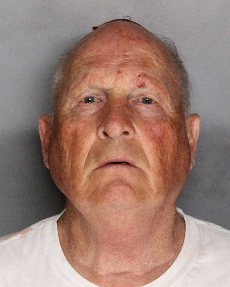 Ex-polisen Joseph James DeAngelo, 72, anhölls i natt.