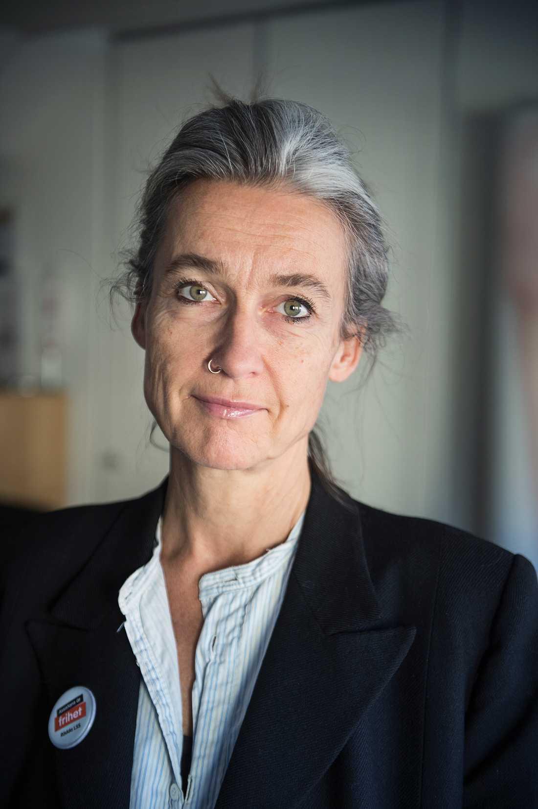 Maria Persdotter, ordförande i RBU, Riksförbundet för rörelsehindrade barn och ungdomar.