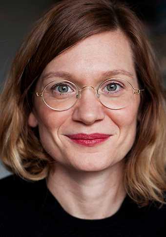 Författaren Josefin Olevik blev befruktad på en klinik i Danmark.