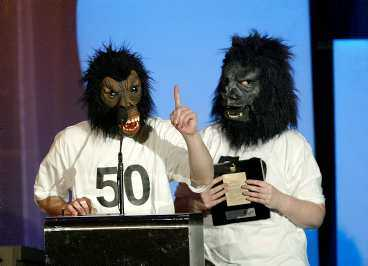 The Knife, Årets popgrupp, skickade två gorillor i sitt ställe.
