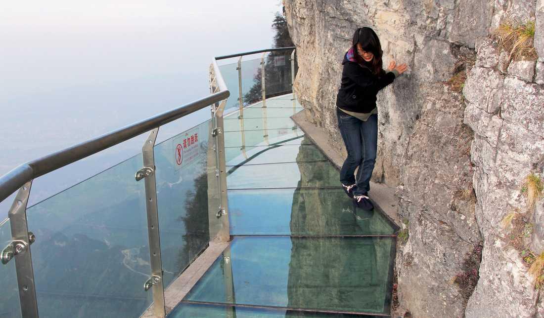En höjdrädd turist.