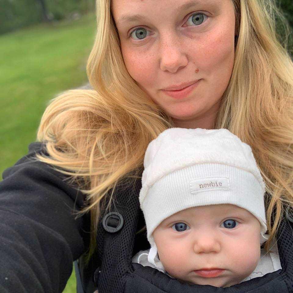 Elin och dottern Melina.