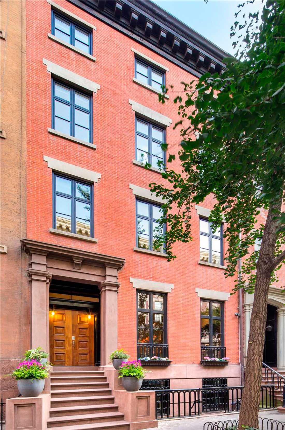 Townhouse till salu Sarah Jessica parkers och Matthew Brodericks lya kan bliu din för 180 miljoner kronor.