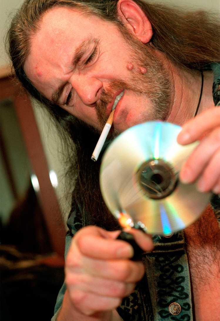 Så tyckte Lemmy om eurodisco-artisten Herbie. Bandet Sator föll honom däremot i smaken.