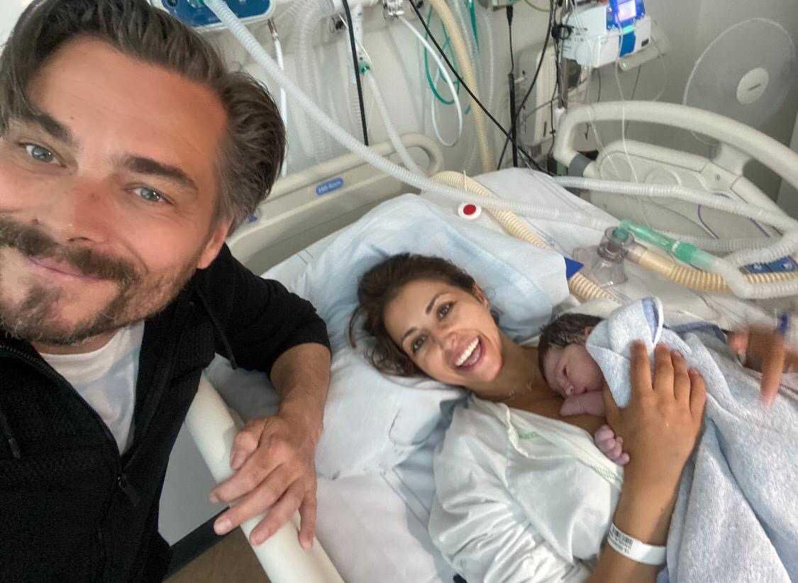 """Staffan """"Bosson"""" Olsson och Nadia Dagelin har blivit föräldrar."""