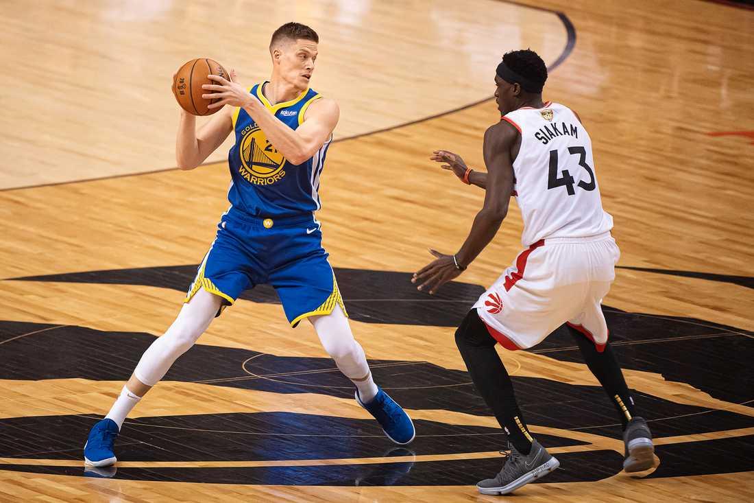 Jonas Jerebko och Golden State kvitterade finalserien mot Toronto Raptors.