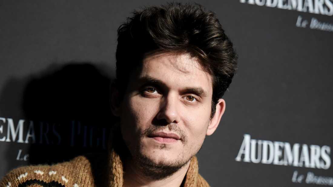 John Mayer ska operas akut för blindtarmen.