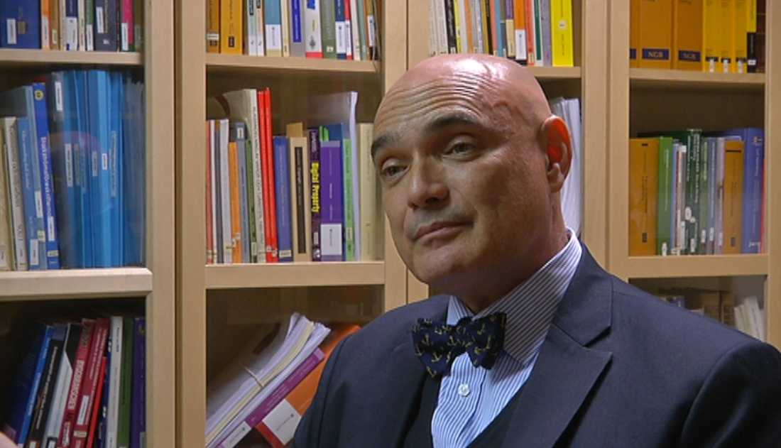 Advokat Claude Zacharias.