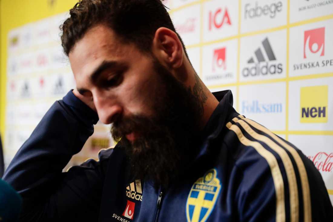 """""""Ett misslyckande av Sverige som nation"""", skriver fotbollsstjärnan Jimmy Durmaz på Instagram."""