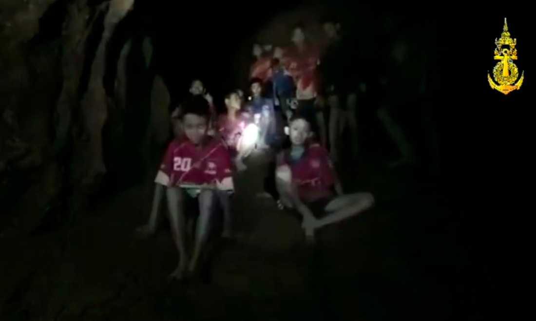 Pojkarna hittades av räddningsarbetare efter tio dagar.