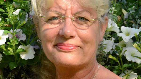 Anna Kelemen representerar Skaraborg i Miljöpartiets valberedning.