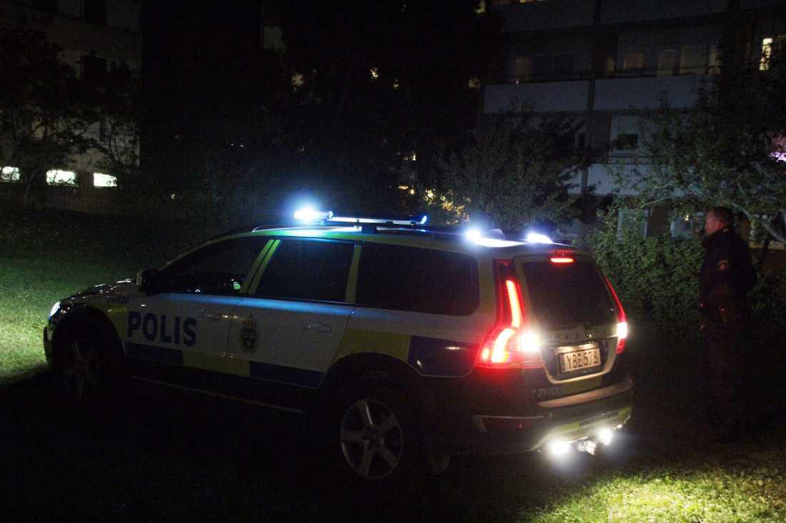 Polis på plats.