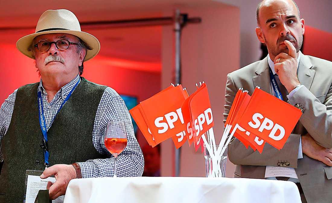 Supportrar till socialdemokratiska SPD deppar efter valet förra söndagen. SPD är nu mindre än Alternativ för Tyskland i Bayern.