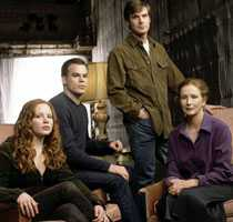 Familjen Fisher Spelade av Lauren Ambrose, Michael C Hall, Peter Krause och Frances Conroy.