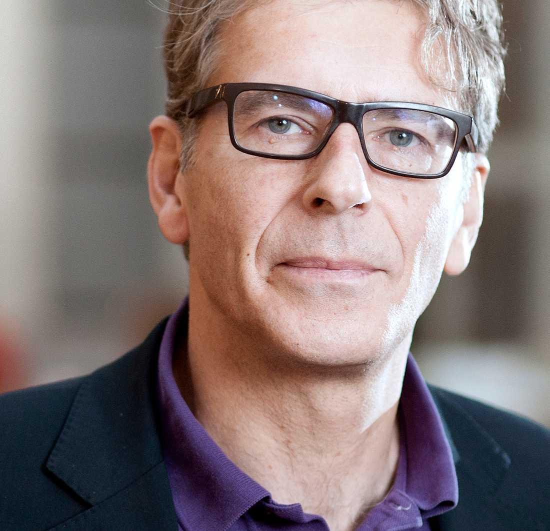 Magnus Söderlund, professor och forskare inom konsumentbeteenden.