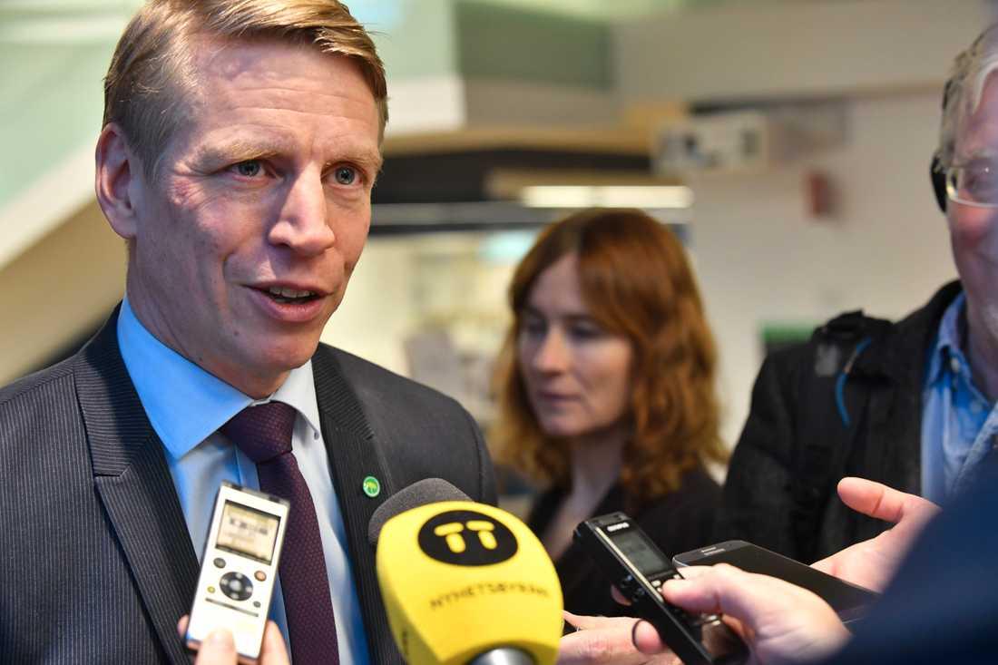 Finansmarknadminister Per Bolund (MP) lämnar regeringens besked om amorteringskravet klockan 11.45 idag. Arkivbild.