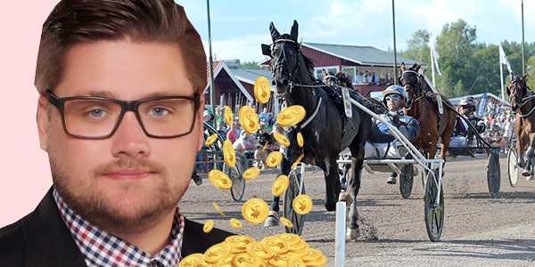 Trav365:s Nils Larsson livechattar från V75 på Romme.
