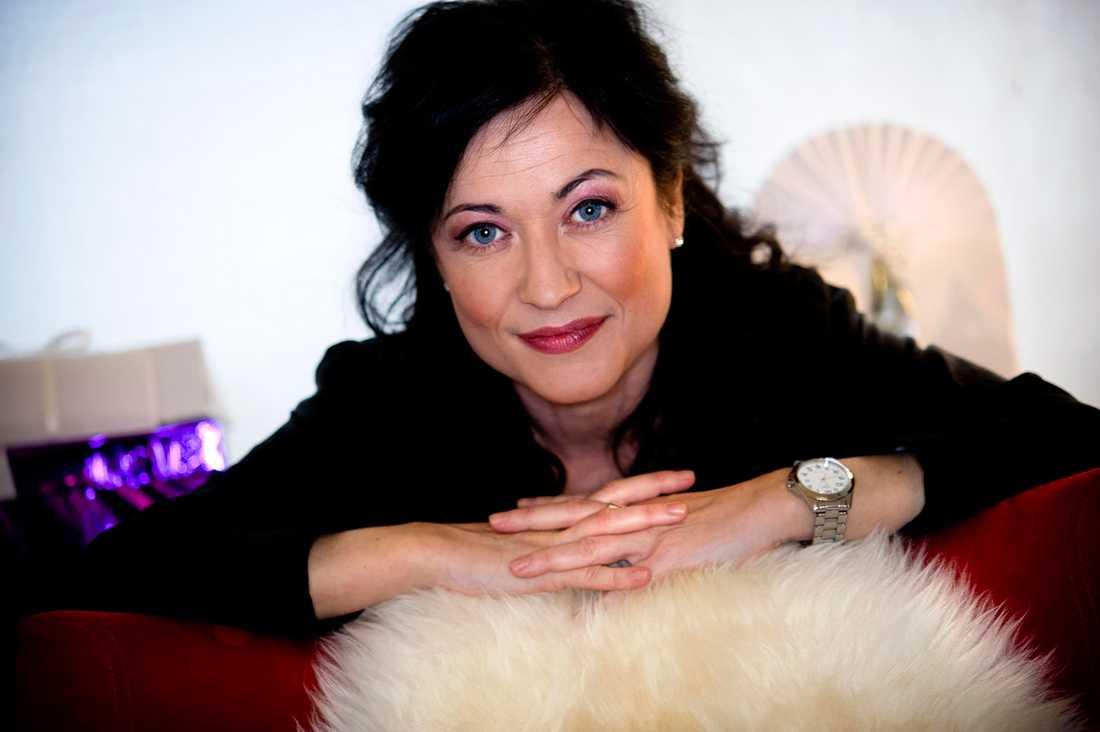 """""""Det här skulle jag aldrig någonsin göra i hela mitt liv"""", säger Lisbeth Åkerman."""