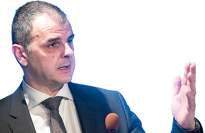 Jasenko Selimovic, statssekreterare hos integrationsminister Erik Ullenhag. Foto: STEFAN JERREVÅNG